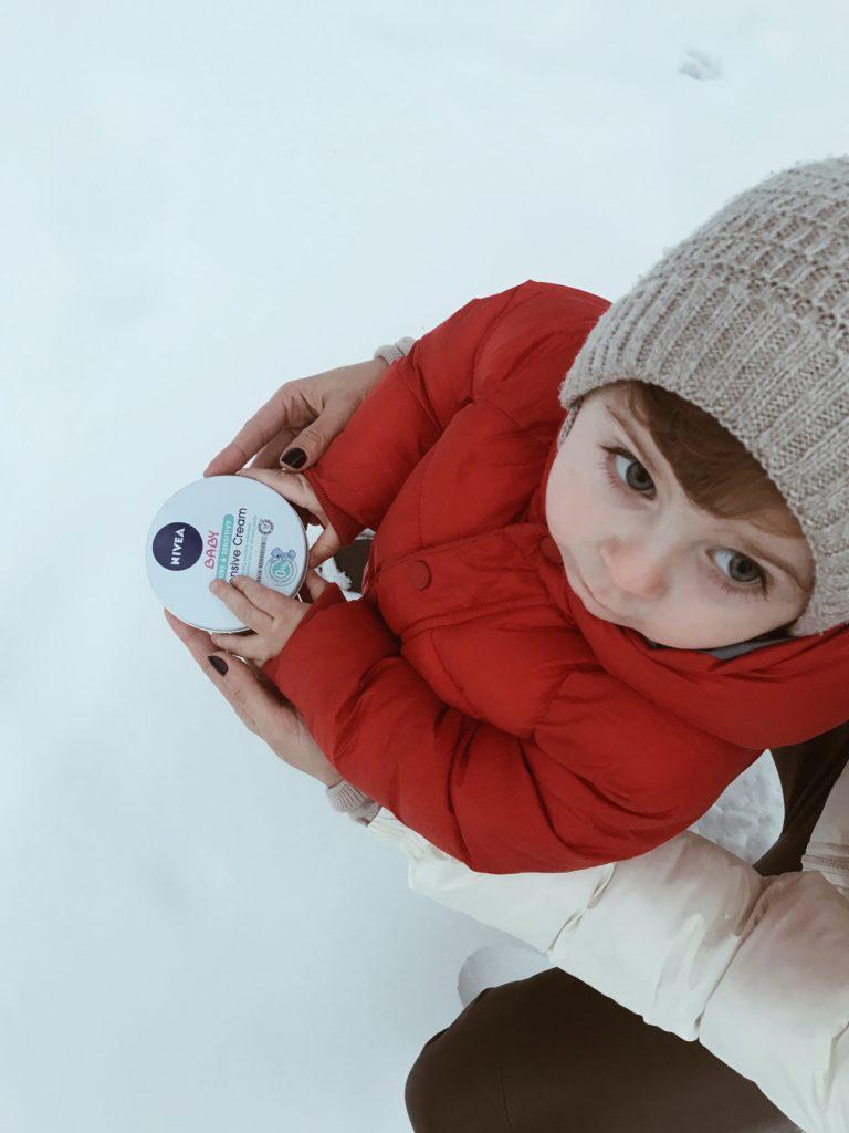 crema hidratanta bebelusi