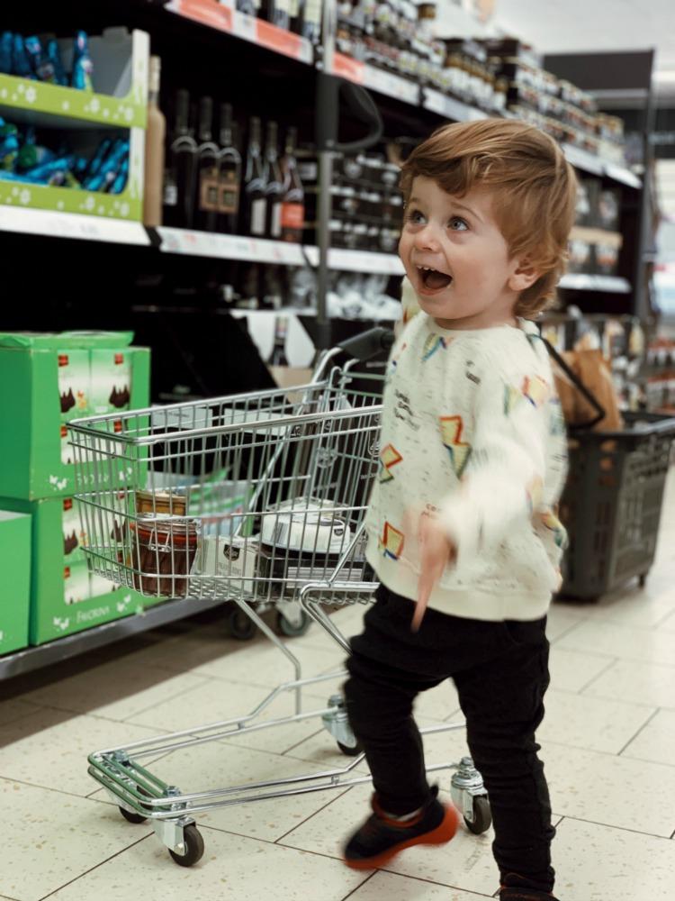 bebe Cosanzean cumparaturi