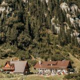Cosanzene Calatoare: Cabana Malaiesti, loc parca rupt din cartile cu povesti