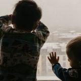 Petrecem timp placut impreuna. 20 de idei de activitati bune de facut in casa cu copiii